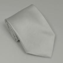 Fehér széles nyakkendő