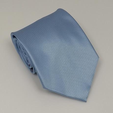 Világoskék széles nyakkendő